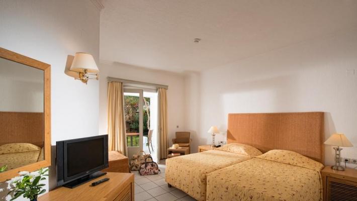 Hotel Annabelle Village 2