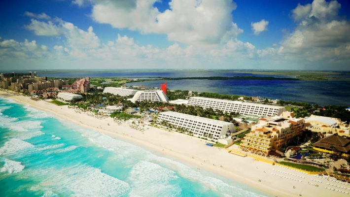 Hotel Oasis Cancun 1