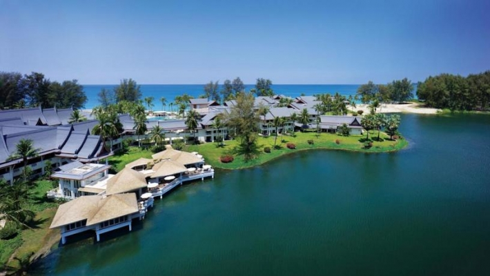 Hotel Outrigger Laguna Phuket Beach Resort 1