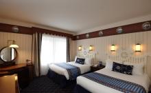 Hotel Newport Bay 7
