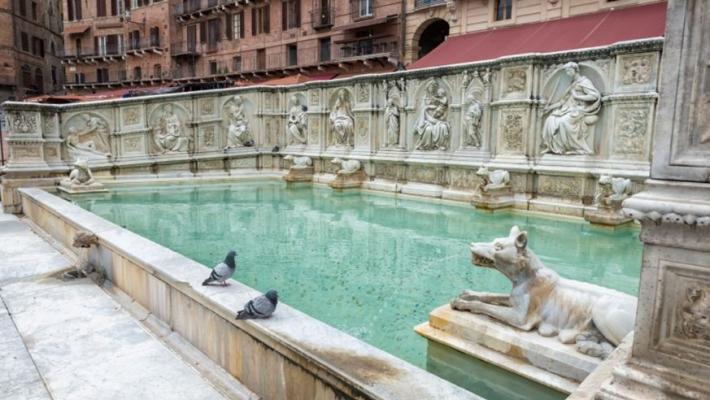 Ciudat si uimitor: cele mai frumoase fantani din Italia 2