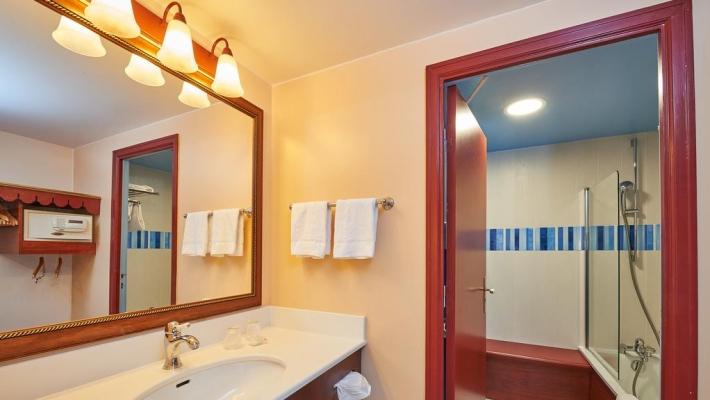 Hotel Newport Bay p3