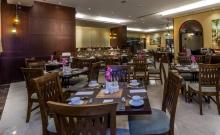 HOTEL AURIS FIRST CENTRAL SUITES 4