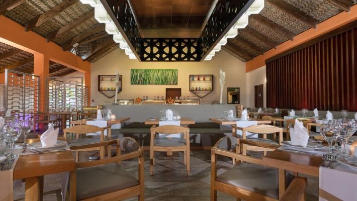 Hotel Tropical Princess Beach Resort 4