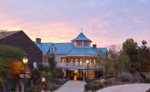 Hotel Gold River 4