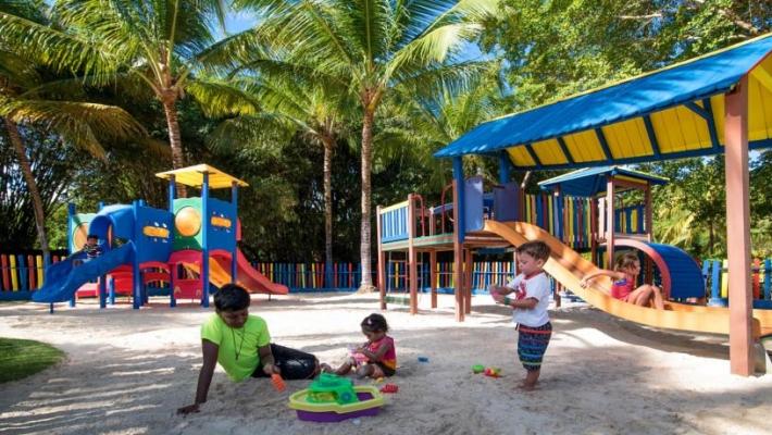 Hotel Tropical Princess Beach Resort 9