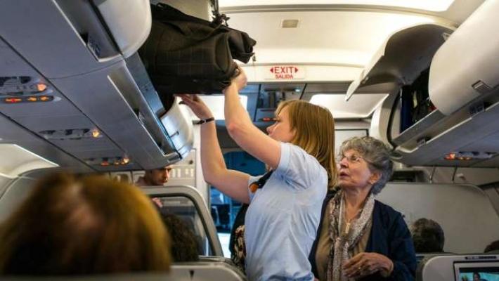 Spatii mai mari pentru bagaje in avion 2