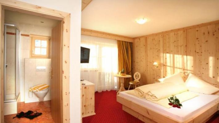 Hotel Alm Ferienclub Silbertal 3