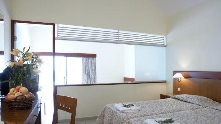 Hotel Avra Beach 1