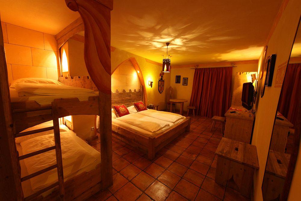 Hotel castillo alcazar - Hotel castillo de ayud ...