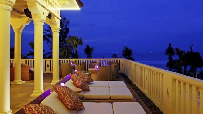 Centara Grand Beach Resort 5