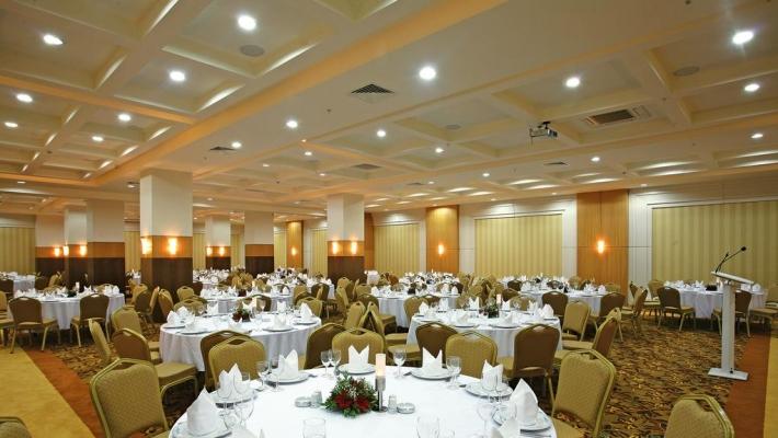 Crystal Family Resort & Spa 4