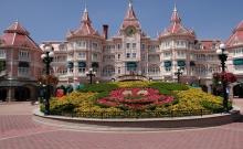 Hotel Disneyland p1