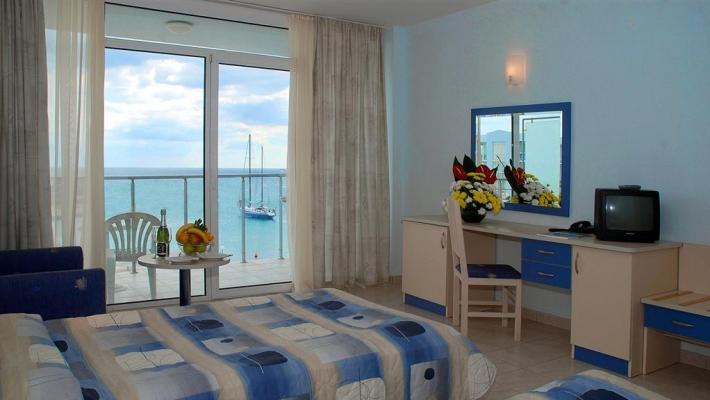 Hotel Dolphin - Marina_2