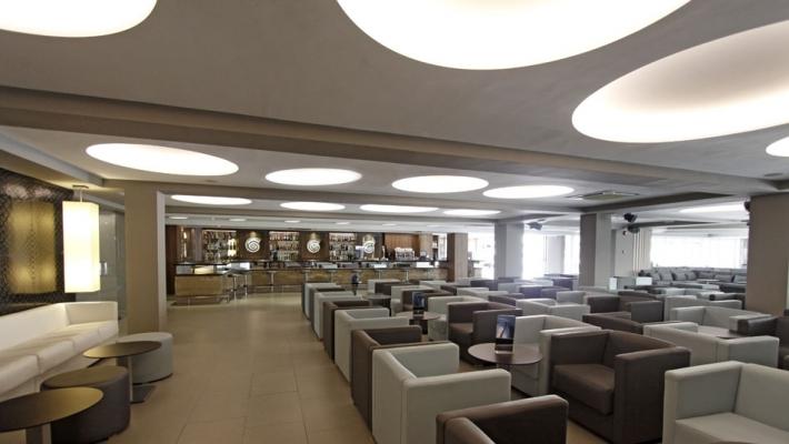 Hotel Java 8