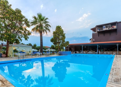 Hotel Kriopigi Beach