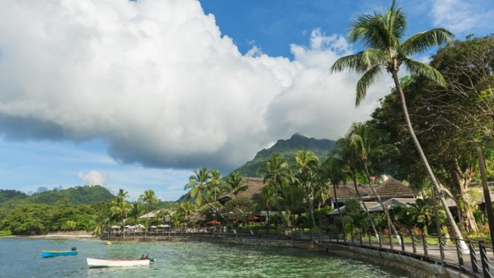 Hotel Le Meridien Fisherman's Cove 1