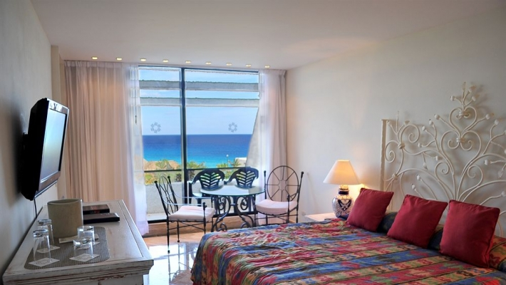 Hotel Oasis Cancun 2