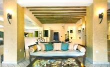 Hotel Pelican Bay Art 3