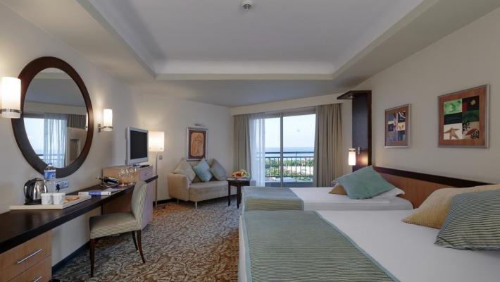 Hotel Royal Wings 3