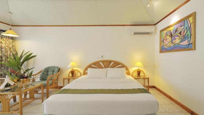 Charter Maldive