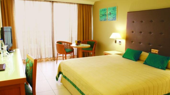 Hotel Sunrise Beach 2