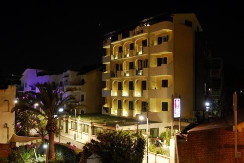 Hotel Vila Linda 1