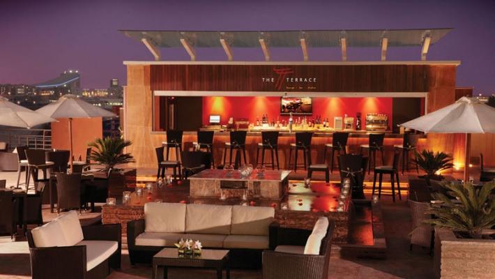 Hotel Media Rotana 9