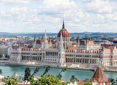 PIATA DE CRACIUN Budapesta