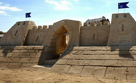 Olanda lanseaza primele hoteluri din nisip 3