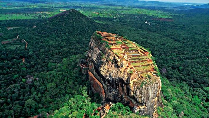 Cel mai cunoscut ziar din Marea Britanie numeste Sri Lanka - destinatia anului 2015 6