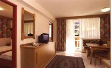 Hotel Apartments Toni 1
